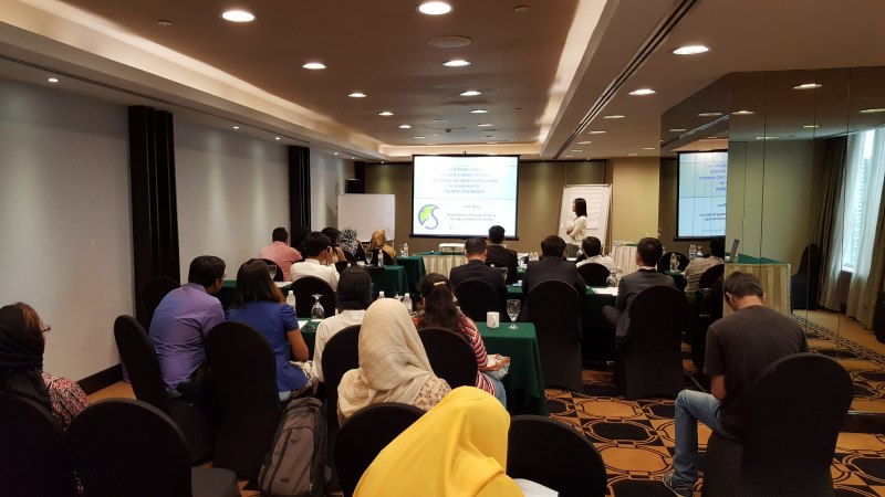 Photos of Critical Issues in Emerging Educational Technologies in Kuala Lumpur #18