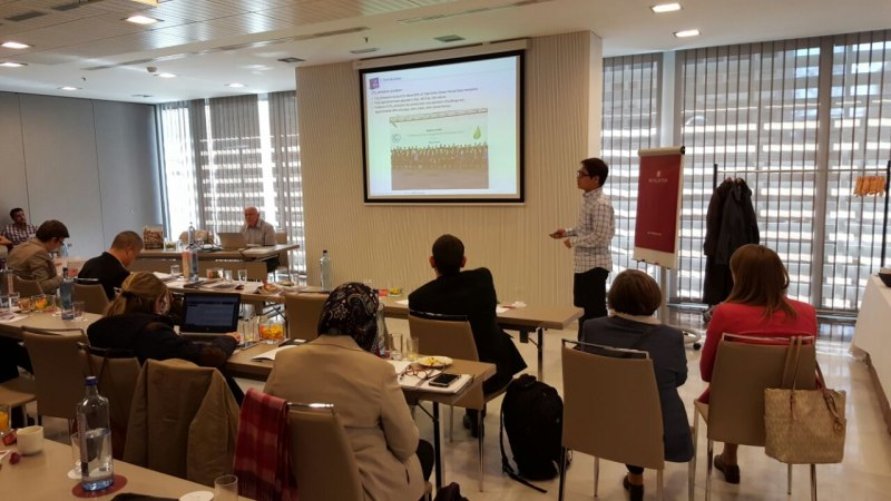 Photos of Synthetic Aperture Radar Systems and Data Handling in Madrid #18