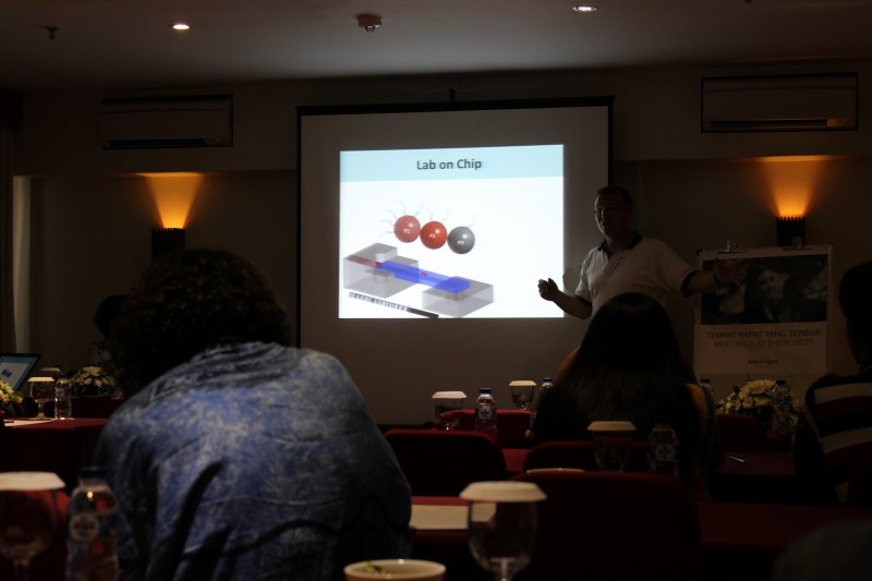 Photos of Inorganic Materials Chemistry and Functional Materials in Bali #29